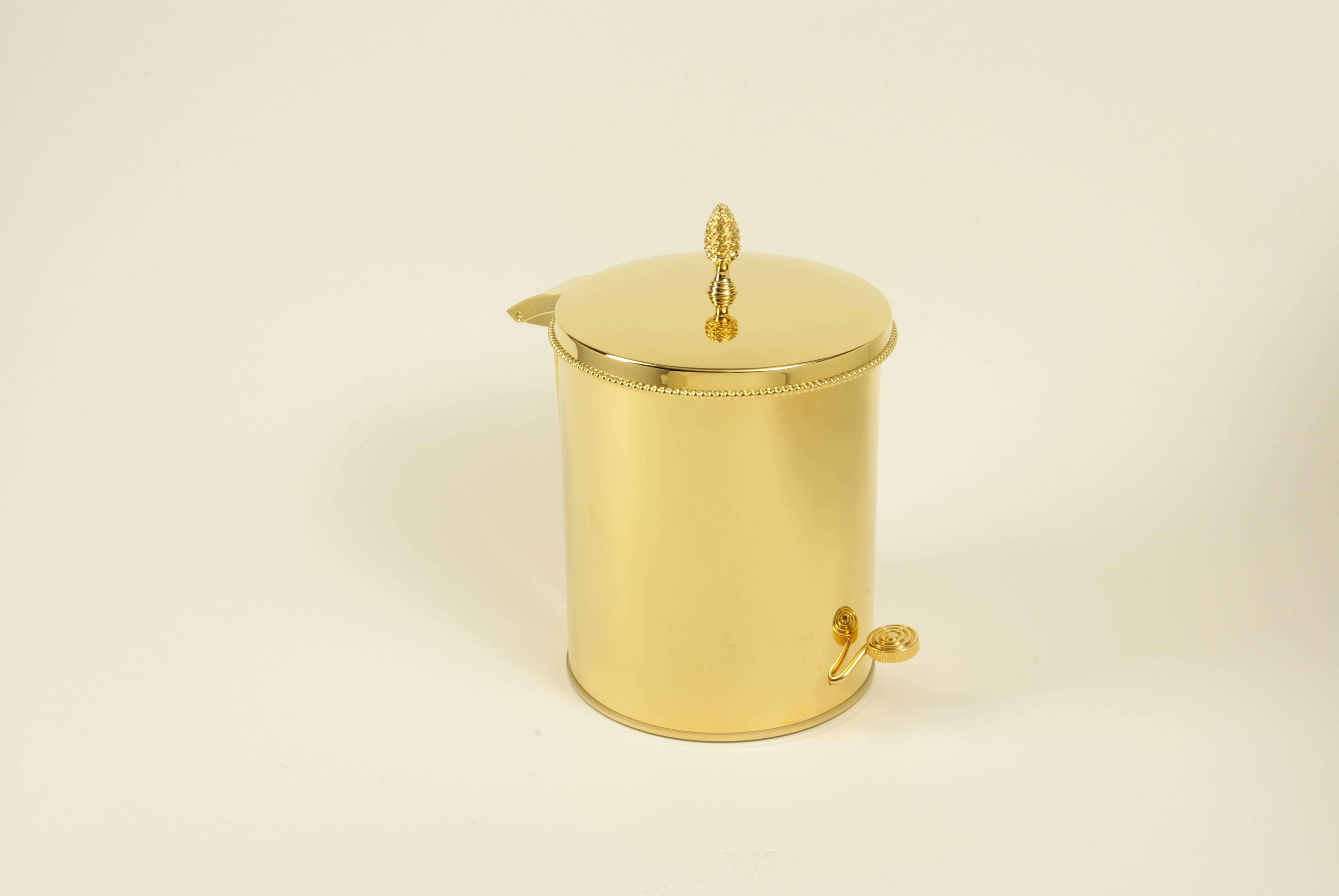 cristal et bronze 30206 pot brush and trash pedal bin with. Black Bedroom Furniture Sets. Home Design Ideas