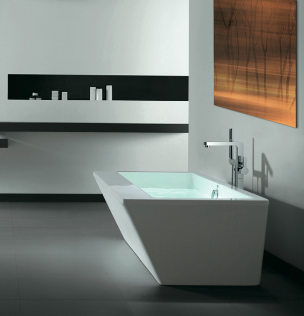 "Slik Portfolio 67FS36-A Vertex 5.5 Feet Freestanding Bathtub with Apurity Air System in White - 67"" x 36"""